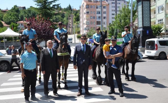 KIZILCAHAMAMDA ATLI POLİSLER GEZECEK